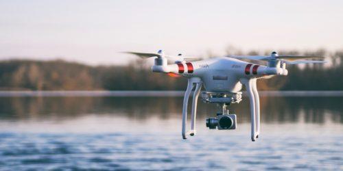 Helden_KV_Blog_Guenstig_Drohne_versichern